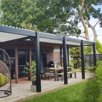 Economic 3x4 4x4 Size Deck Pergola With Motorized Sun Louvre Roof For Outdoor Restaurants