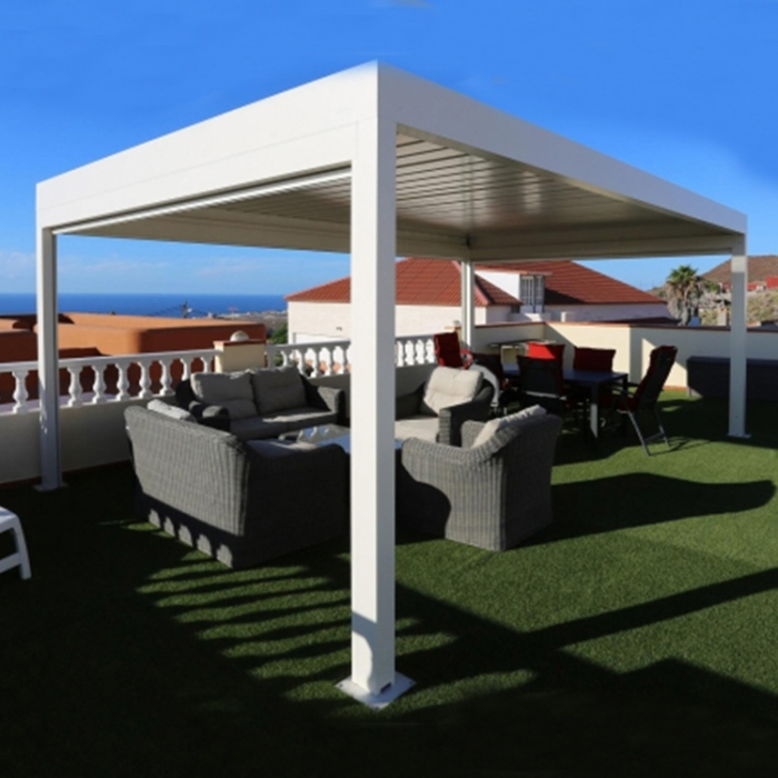 Wind Resistant Retractable Patio Shade Awnings Pergola For Restaurant